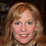 Photo of Julie L.